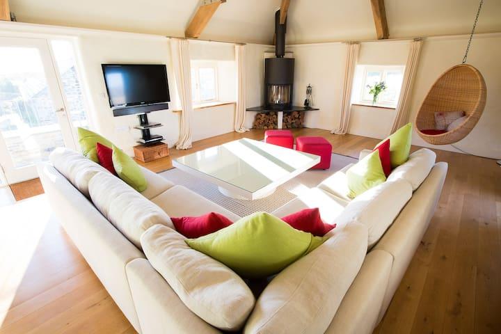 Beautiful large barn sleeps 10 - Polzeath - Hus