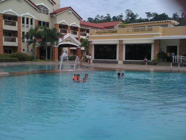SUBIC HOLIDAY VILLAS 2- bedroom - Subic Bay  freeport zone - Villa