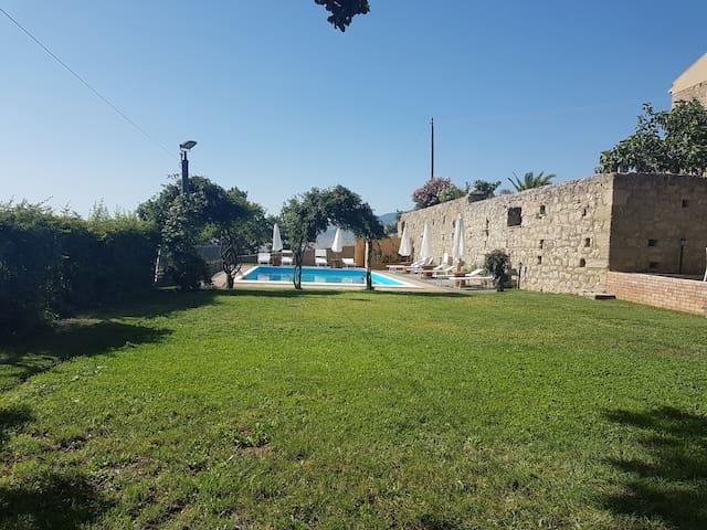 Turismo rurale Baglio San Pietro - Nicosia - Cabaña en la naturaleza