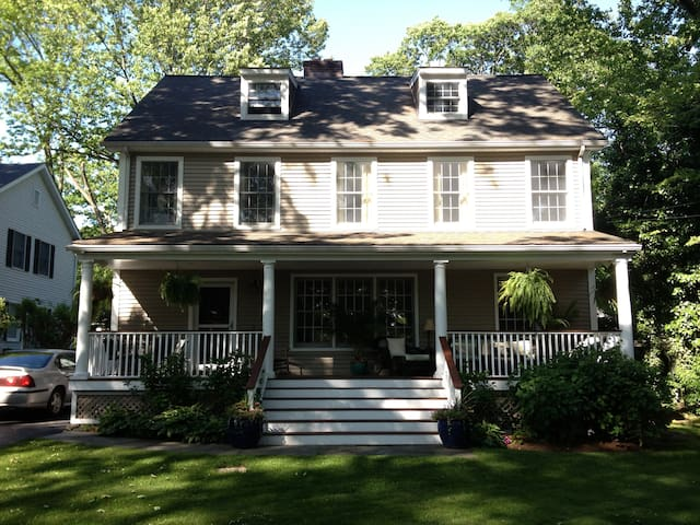 Darien ct. country home - Darien - Maison