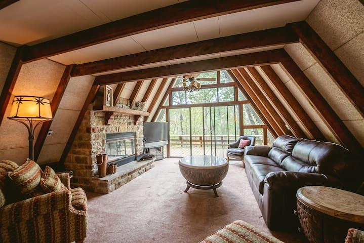 Waterfront Tree House Get-A-Way - Innsbrook - Doğa içinde pansiyon