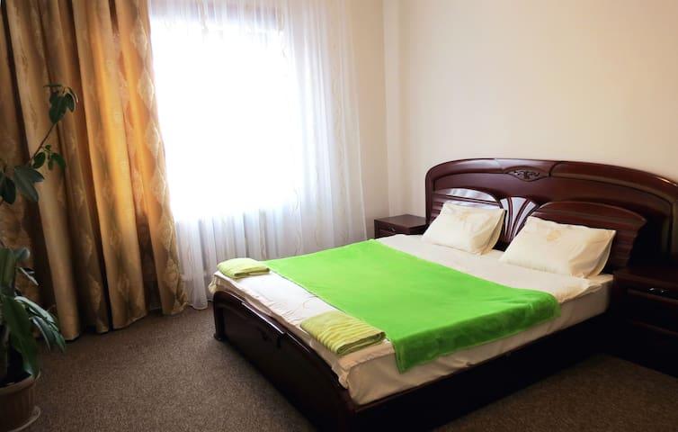 Warm welcome. - Bischkek - Haus
