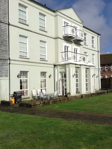 The Old Monastery - Youghal - Appartement