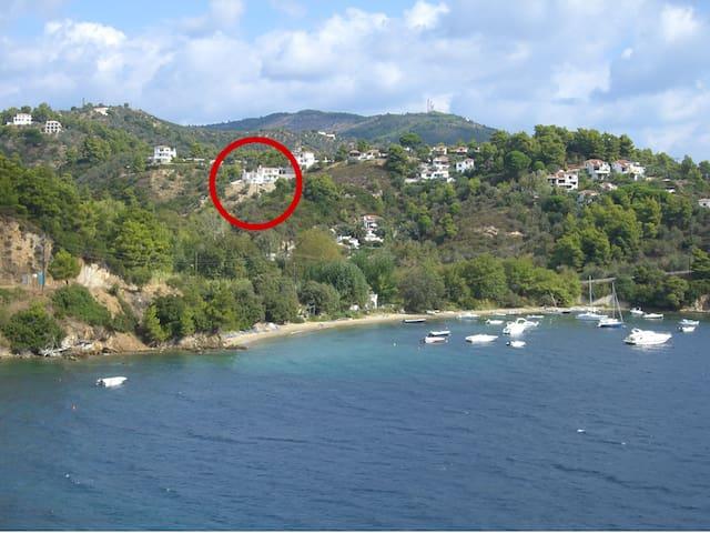 Great view, quiet area, short walk to the beach - Sporades - Villa