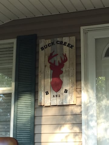 Buck Creek Bed and Breakfast - Ideal - Talo