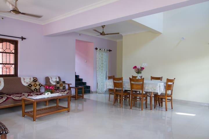 Large 4 Bedroom Villa close to the Benaulim Beach - Benaulim - Vila