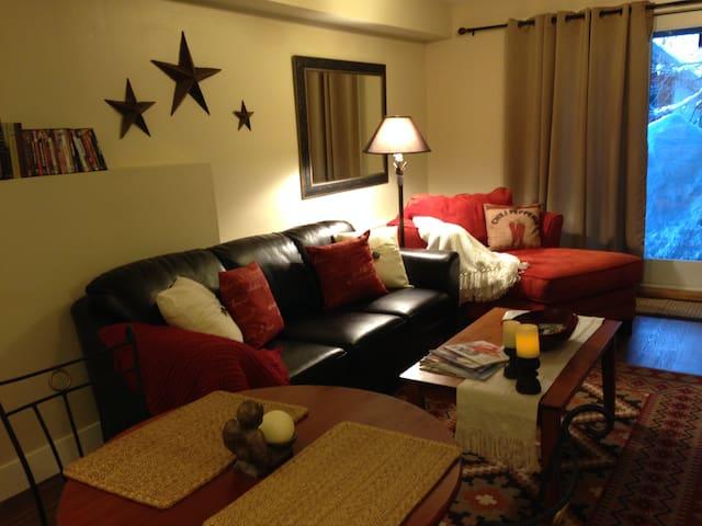 Cozy romantic apartment near town - Steamboat Springs - Appartement