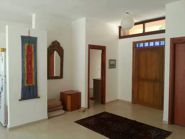 Large Beautiful House with an Amazing View - Amirim