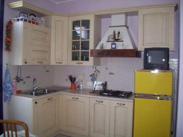 Appartamento ristrutturato vicino al mare - Marotta - Huoneisto