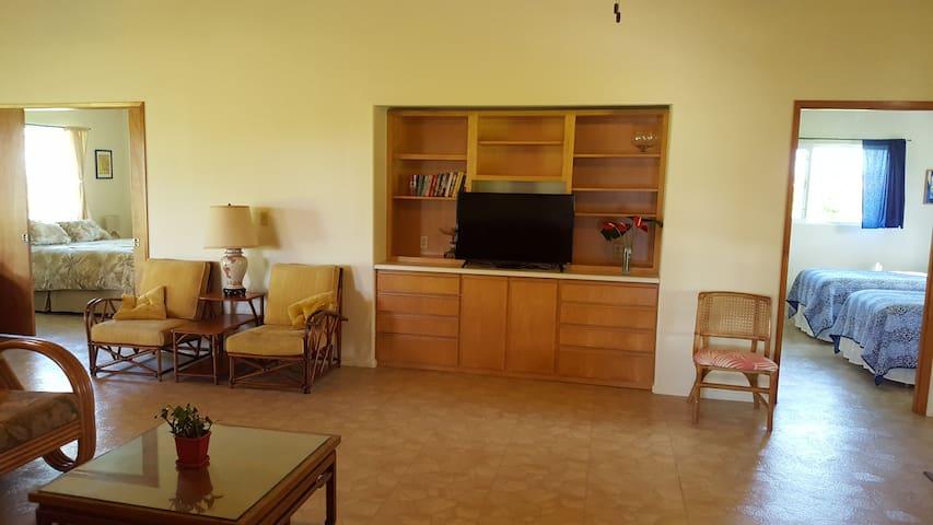 Beautiful Home-clean & private - 3 bedroom 2 bath - Kurtistown - Huis