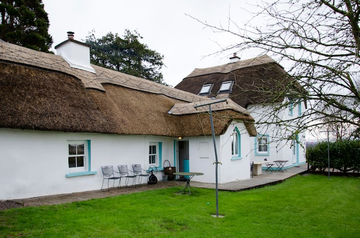 Thatched Cottage, Coolagown, Fermoy - Coolagown - Hus