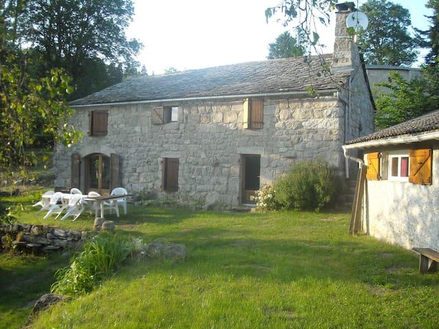 La Ferme du Vieux - Mazet-Saint-Voy - Huis