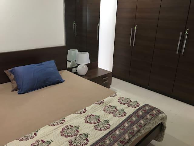 Private Room in Juhu - Mumbai - Huis