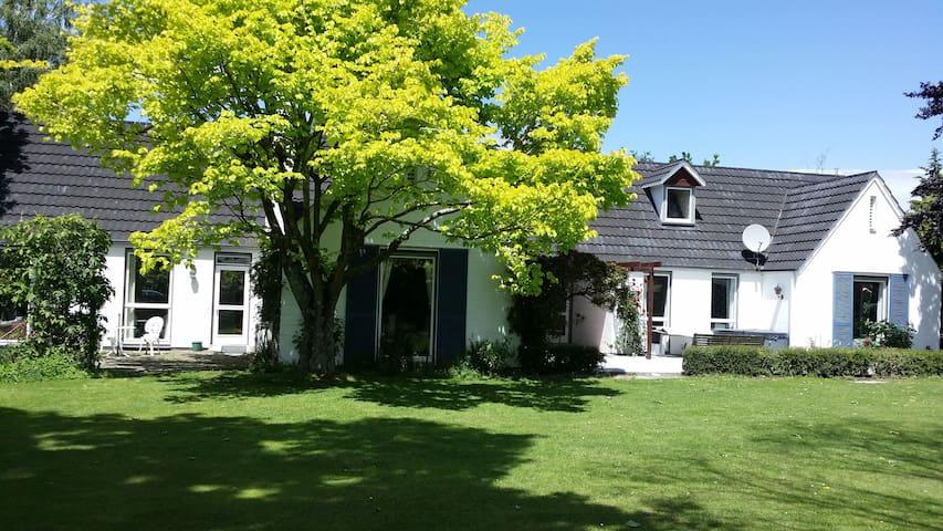 Silbury - Darfield - Casa