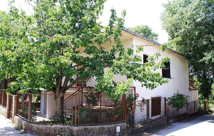 Authentic holiday house/pure nature - Katuni - Leilighet