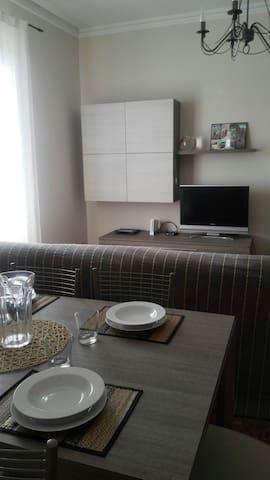 Luminoso appartamento indipendente - Lavagna