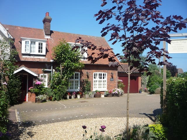 Magnolia Cottage Sheringham (Stables) - Sheringham - Appartement