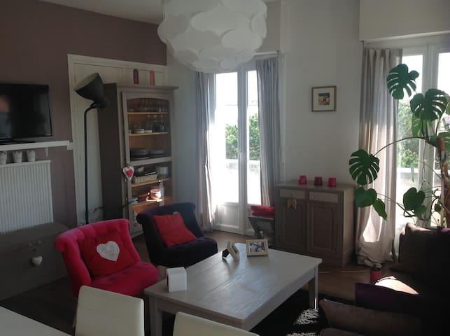 appartement T3 en plein centre - Royan - Lägenhet