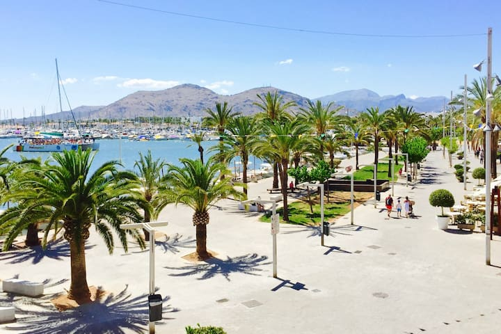 Bright double room, private ensuite and a view! - Alcúdia