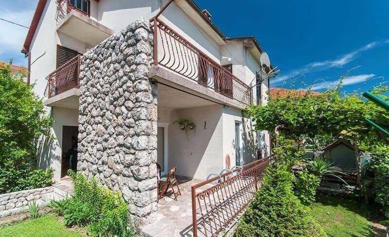 Apartment Marija - Glavina Donja - Apartamento