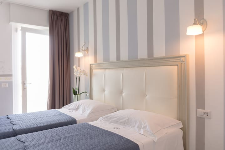 Maison 39 - Vigevano - 家庭式旅館
