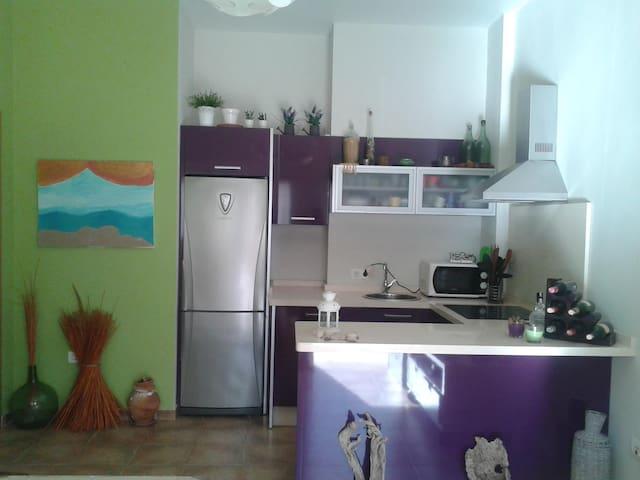 Coqueto y nuevo apartamento - Moguer - Departamento
