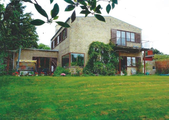 Arne Jacbsen villa - Charlottenlund - Hus