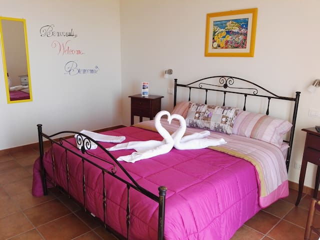 Camera Matrimoniale - San Lucido - Bed & Breakfast