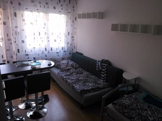 Apartment im Zentrum - City - Pforzheim - Leilighet