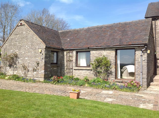 Grindon cottage - stunning location - Derbyshire - Huis