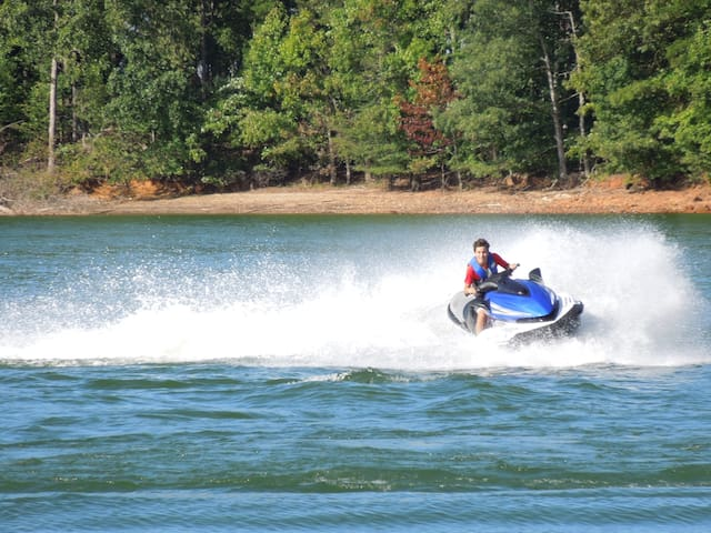 The Ultimate Lake Lanier Getaway - Gainesville