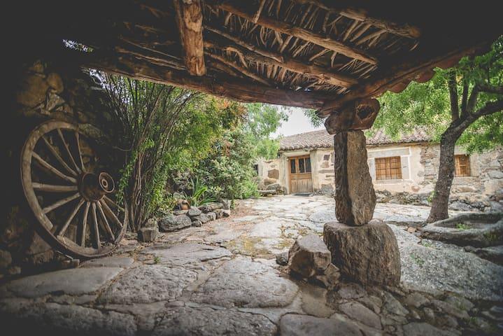 Casas rurales Gredos hija de lalo 10 plazas Avila - Las Navas - Huis