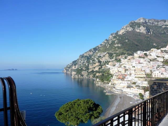 Pleasant Apartment with Charming Sea View - Positano - Lakás