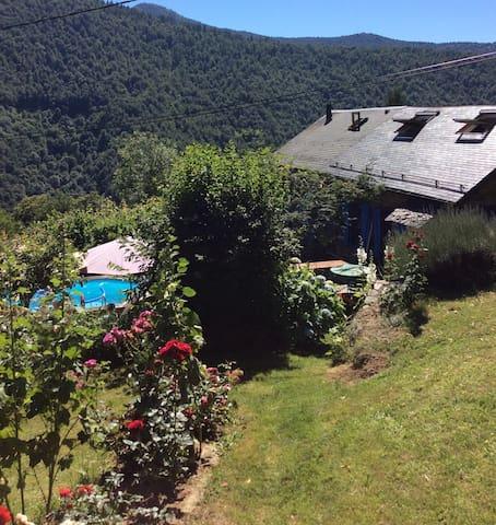 Au cœur des Pyrénées ariégeoises - Le Port - Huis