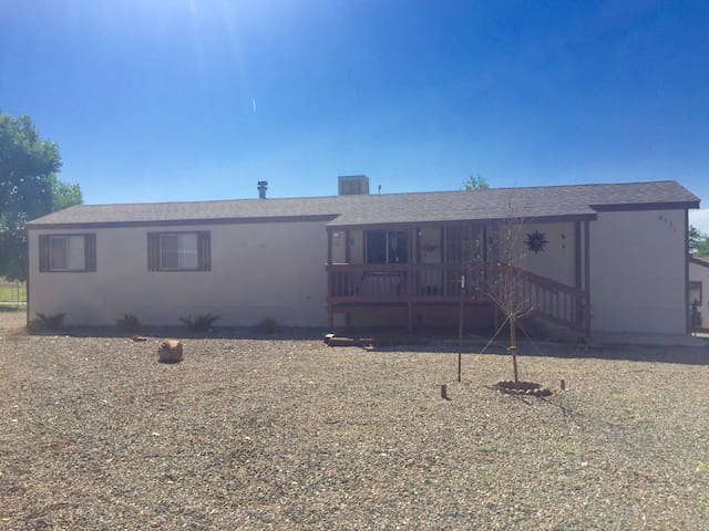 Comfortable Classy Home - Prescott Valley - Casa