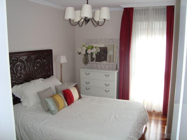 Precioso apartamento junto a Bilbao - Laudio - Lägenhet