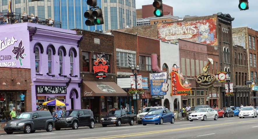 LOCATION! Historic Music Row! - Nashville  - 公寓