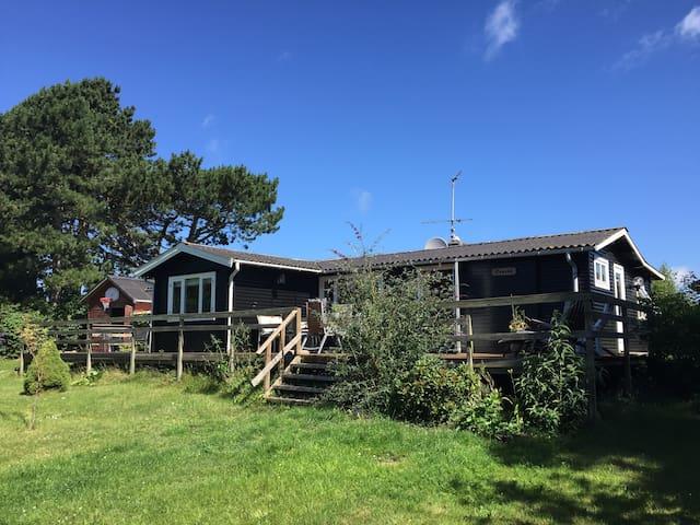 Cozy Summerhouse - Asnæs - Blockhütte