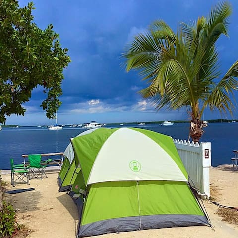 $25 Camping Gear rental, Campsite NOT included - Summerland Key - Tienda de campaña