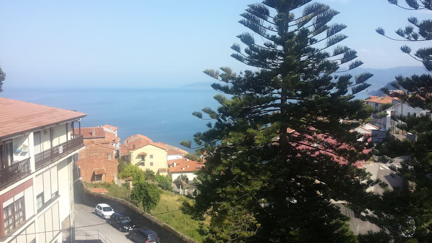 appartment with view over the sea - Lastres - Appartement