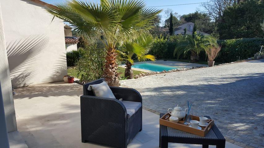 Idéal vacances -  2 piéces au soleil et au calme - Peymeinade - Appartement