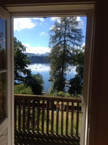 Exclusive Hideaway at a lake with private beach - Bayerham
