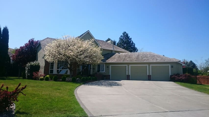 Home away from home for 1 - 6 - Kennewick - Haus