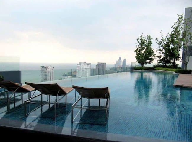 Centric Sea luxury Condo with Panoramic City View - Muang Pattaya - 公寓
