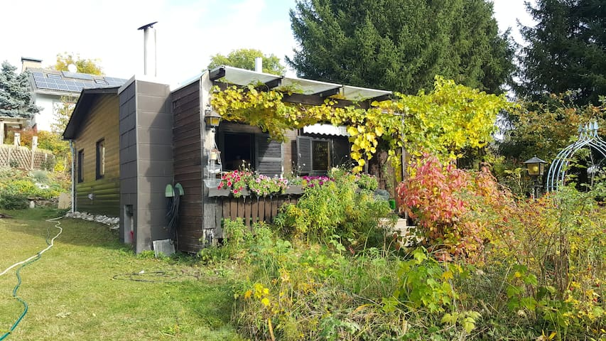 Cottage with large garden - Gerhardshofen - Huis