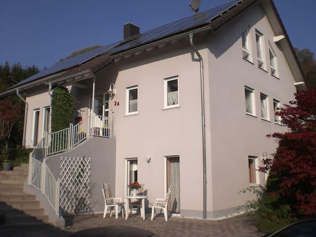 FeWo  Haus Lucky am Süßbach - Neunkirchen - Daire