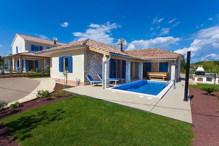 "Villa Milohnici ""Yvonne"" - Milohnići"