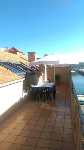Acogedor ático con terraza - O Grove