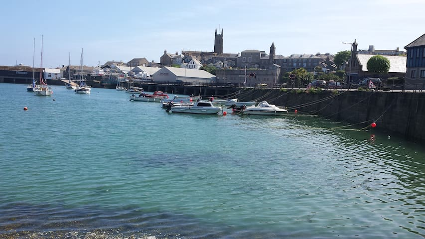 The Cornish House, a great location! - Penzance