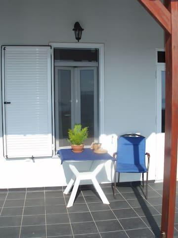 Villa Pota B&B, astonishing view, quiet, natural - Gerani - Bed & Breakfast